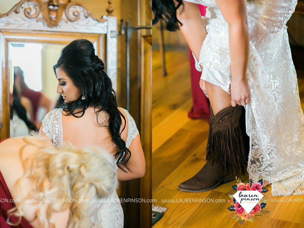 springtown-texas-wedding-at-oak-knoll-ranch-dfw-and-wichita-falls-wedding-photography-lauren-pinson_3513.jpg