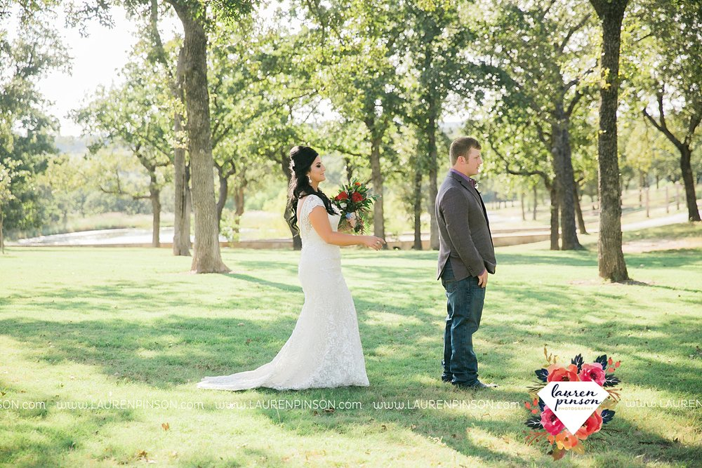 springtown-texas-wedding-at-oak-knoll-ranch-dfw-and-wichita-falls-wedding-photography-lauren-pinson_3515.jpg