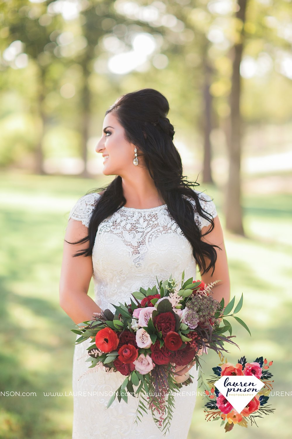 springtown-texas-wedding-at-oak-knoll-ranch-dfw-and-wichita-falls-wedding-photography-lauren-pinson_3522.jpg