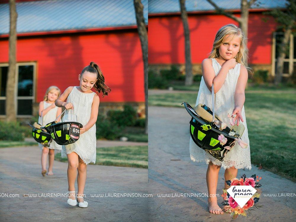 springtown-texas-wedding-at-oak-knoll-ranch-dfw-and-wichita-falls-wedding-photography-lauren-pinson_3542.jpg