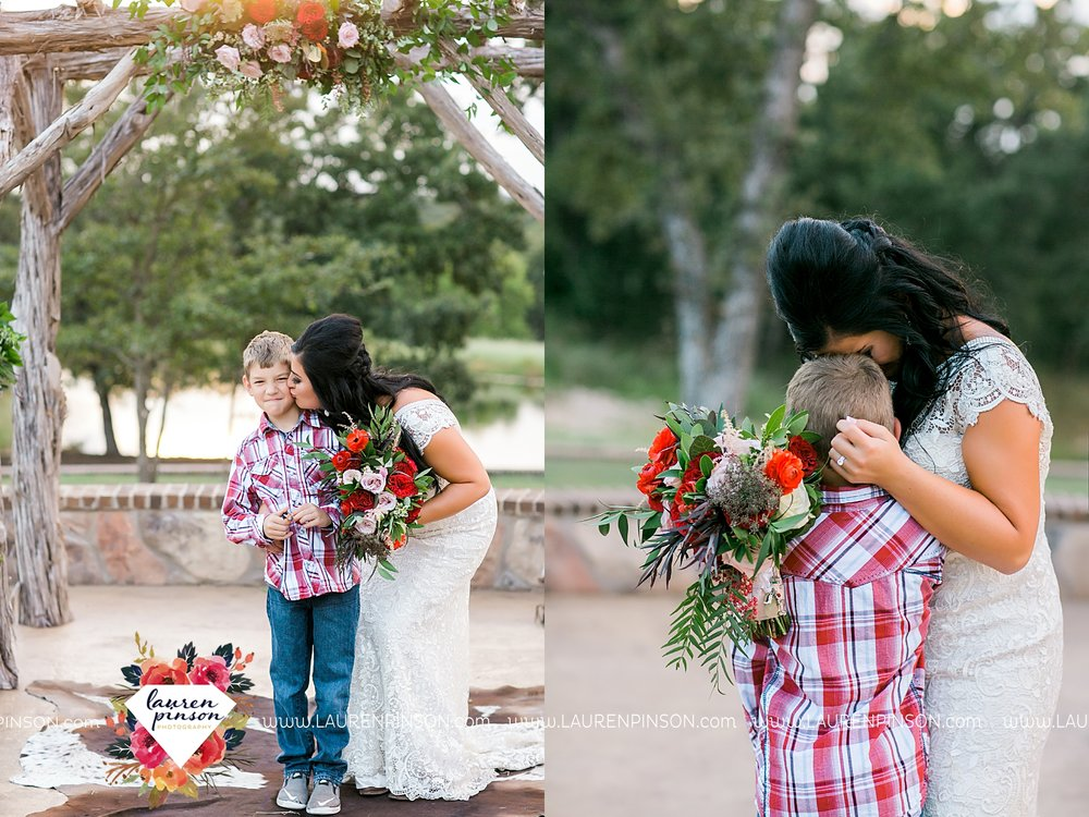 springtown-texas-wedding-at-oak-knoll-ranch-dfw-and-wichita-falls-wedding-photography-lauren-pinson_3554.jpg