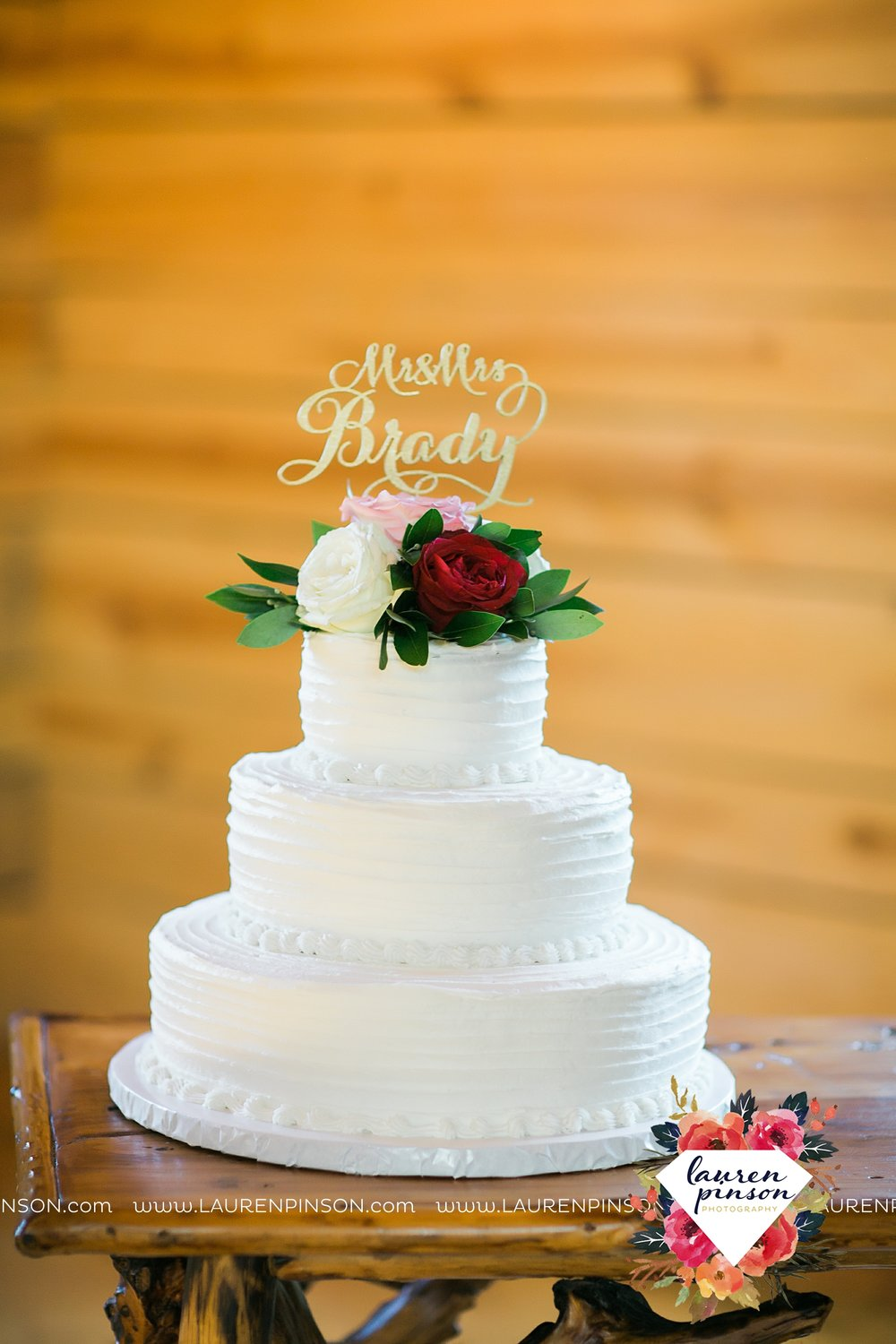 springtown-texas-wedding-at-oak-knoll-ranch-dfw-and-wichita-falls-wedding-photography-lauren-pinson_3558.jpg