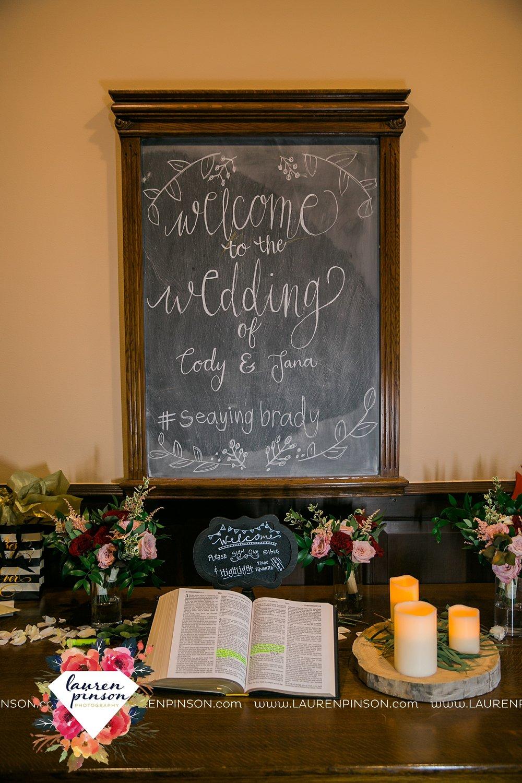springtown-texas-wedding-at-oak-knoll-ranch-dfw-and-wichita-falls-wedding-photography-lauren-pinson_3563.jpg