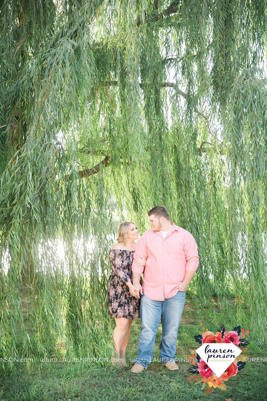 wichita-falls-engagement-and-wedding-photographer-lauren-pinson-photography_3642.jpg