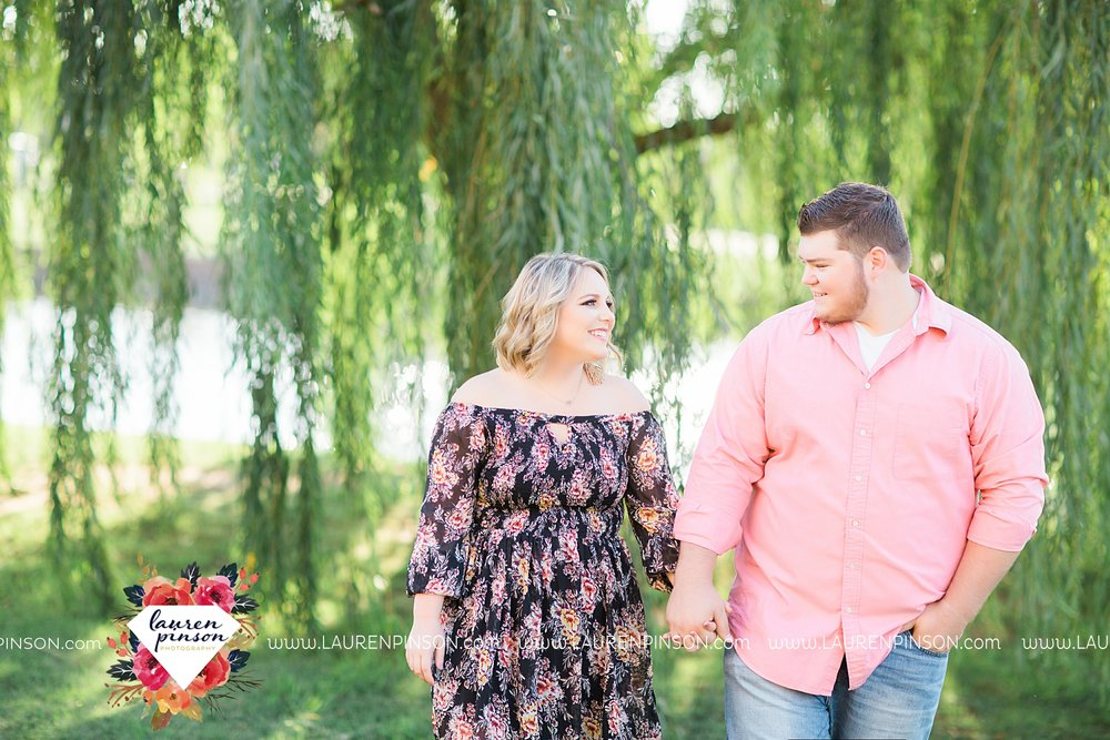 wichita-falls-engagement-and-wedding-photographer-lauren-pinson-photography_3643.jpg
