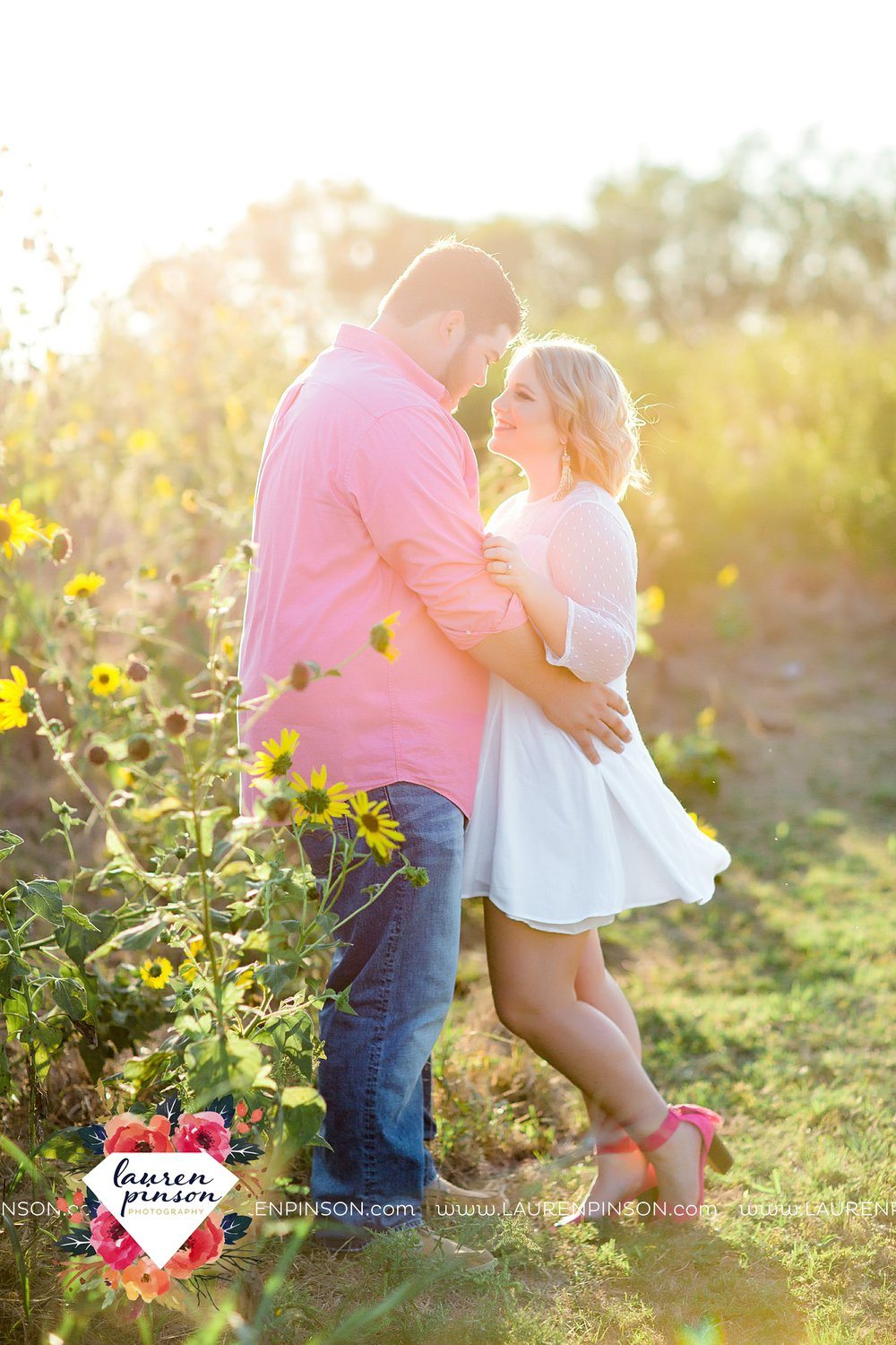 wichita-falls-engagement-and-wedding-photographer-lauren-pinson-photography_3645.jpg
