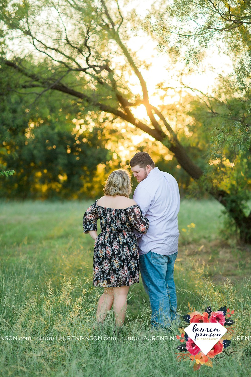 wichita-falls-engagement-and-wedding-photographer-lauren-pinson-photography_3647.jpg