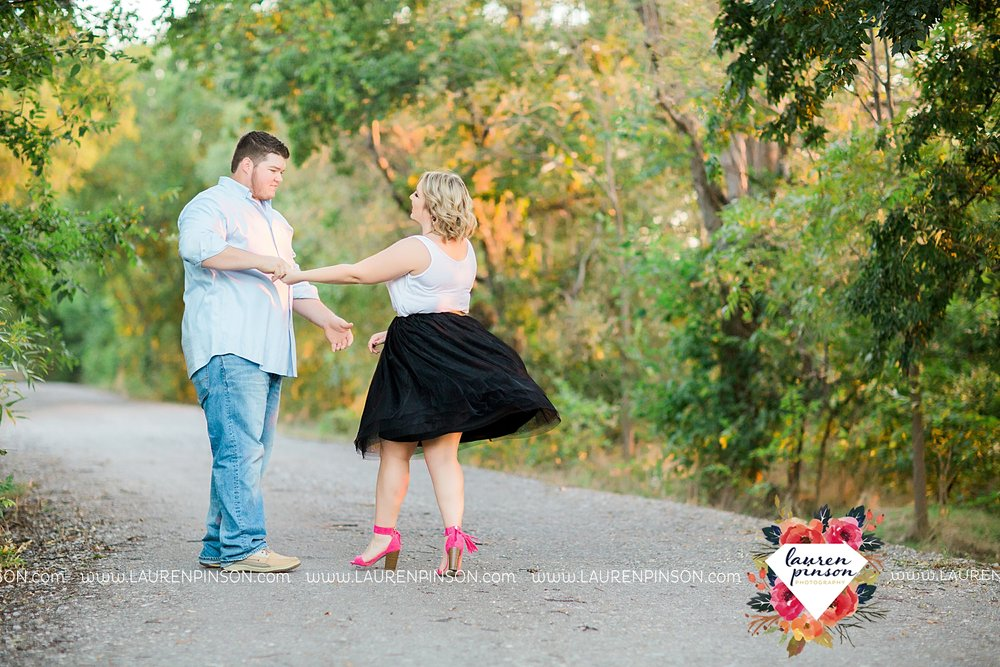 wichita-falls-engagement-and-wedding-photographer-lauren-pinson-photography_3649.jpg