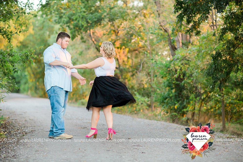 wichita-falls-engagement-and-wedding-photographer-lauren-pinson-photography_3649.jpg