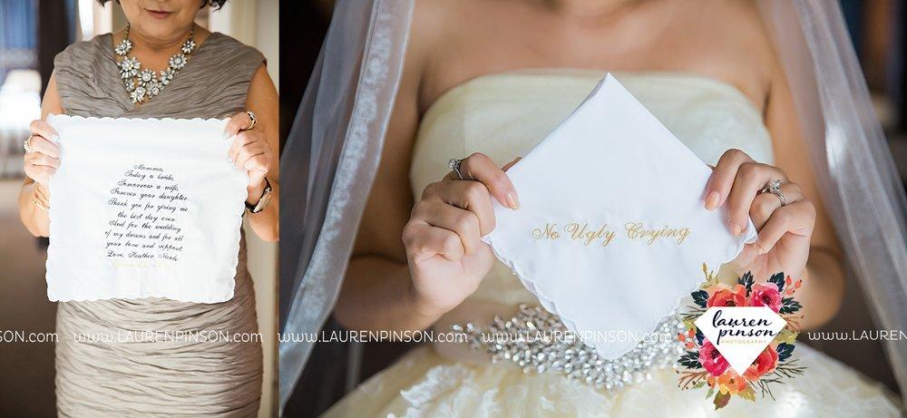 windthorst-texas-wedding-photography-at-st-marys-catholic-church-the-stone-palace-mayfield-events-lauren-pinson-texas-wedding-photographer_3658.jpg