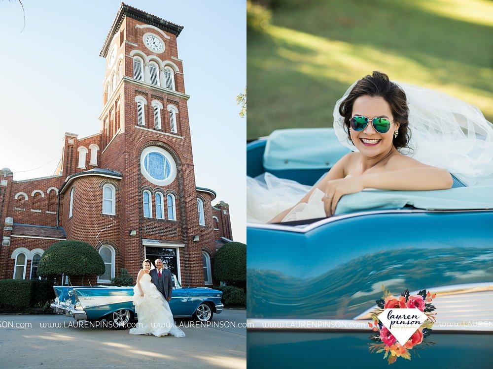 windthorst-texas-wedding-photography-at-st-marys-catholic-church-the-stone-palace-mayfield-events-lauren-pinson-texas-wedding-photographer_3674.jpg