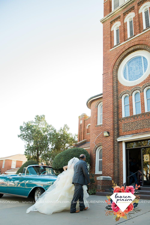 windthorst-texas-wedding-photography-at-st-marys-catholic-church-the-stone-palace-mayfield-events-lauren-pinson-texas-wedding-photographer_3675.jpg