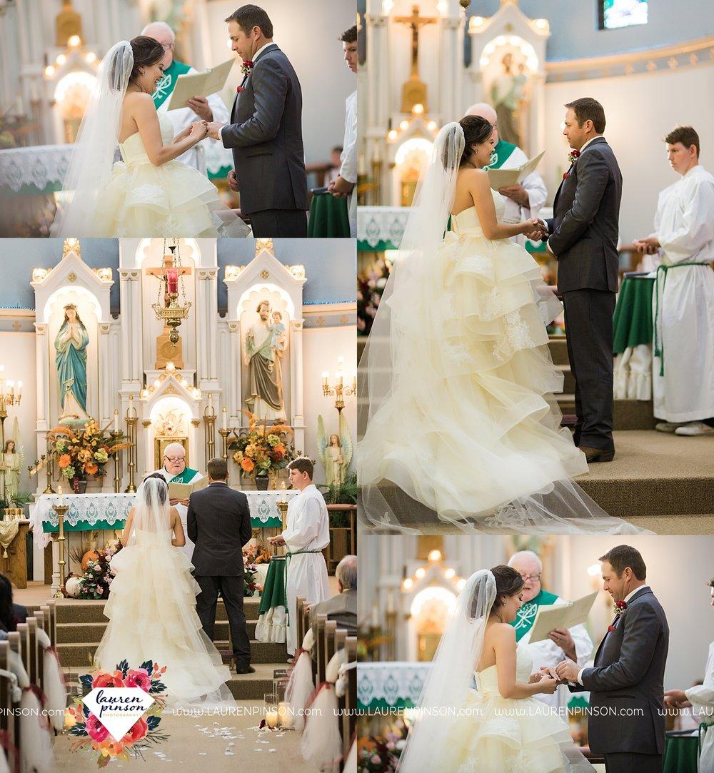 windthorst-texas-wedding-photography-at-st-marys-catholic-church-the-stone-palace-mayfield-events-lauren-pinson-texas-wedding-photographer_3682.jpg