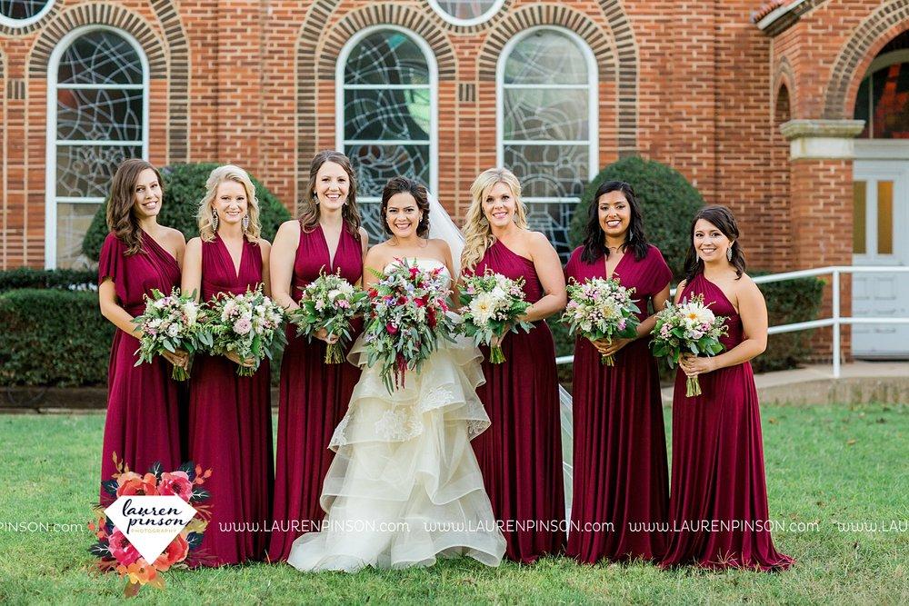windthorst-texas-wedding-photography-at-st-marys-catholic-church-the-stone-palace-mayfield-events-lauren-pinson-texas-wedding-photographer_3691.jpg
