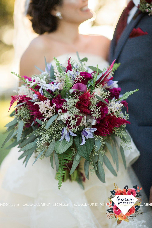 windthorst-texas-wedding-photography-at-st-marys-catholic-church-the-stone-palace-mayfield-events-lauren-pinson-texas-wedding-photographer_3697.jpg