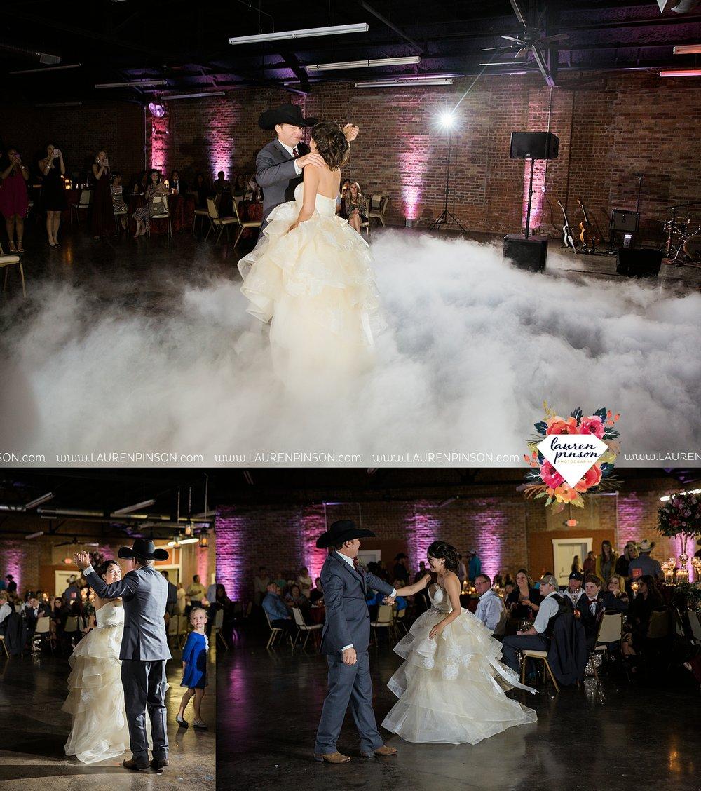 windthorst-texas-wedding-photography-at-st-marys-catholic-church-the-stone-palace-mayfield-events-lauren-pinson-texas-wedding-photographer_3715.jpg