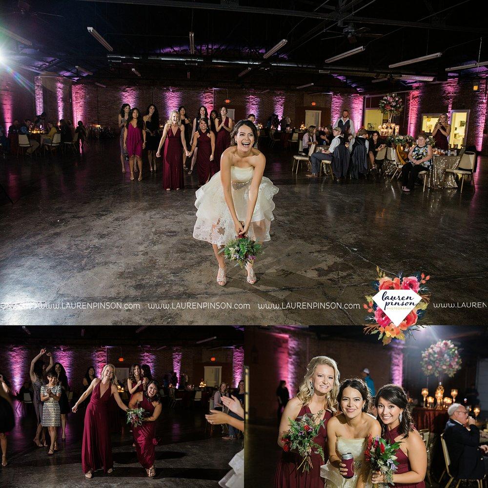 windthorst-texas-wedding-photography-at-st-marys-catholic-church-the-stone-palace-mayfield-events-lauren-pinson-texas-wedding-photographer_3721.jpg