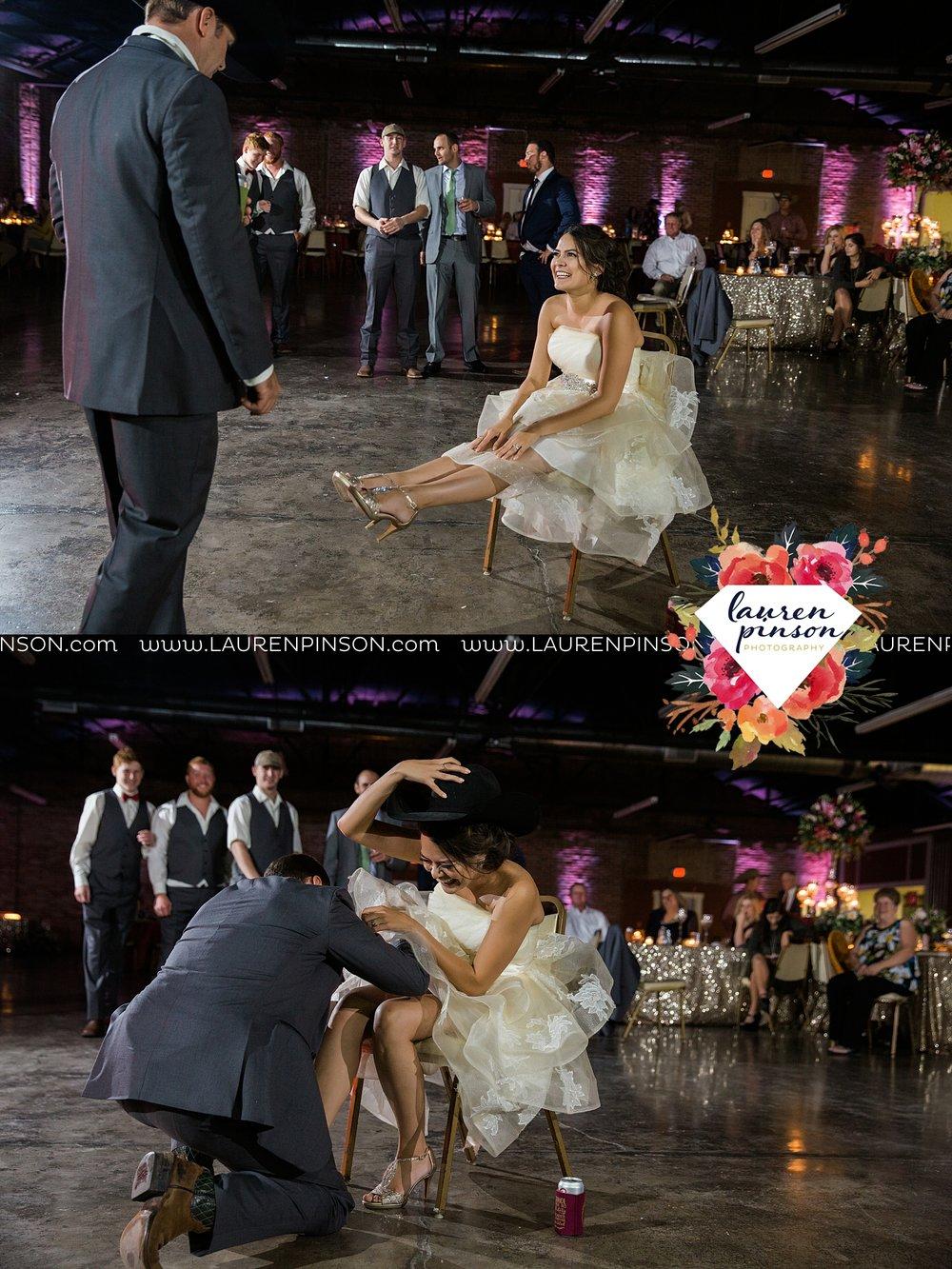 windthorst-texas-wedding-photography-at-st-marys-catholic-church-the-stone-palace-mayfield-events-lauren-pinson-texas-wedding-photographer_3722.jpg