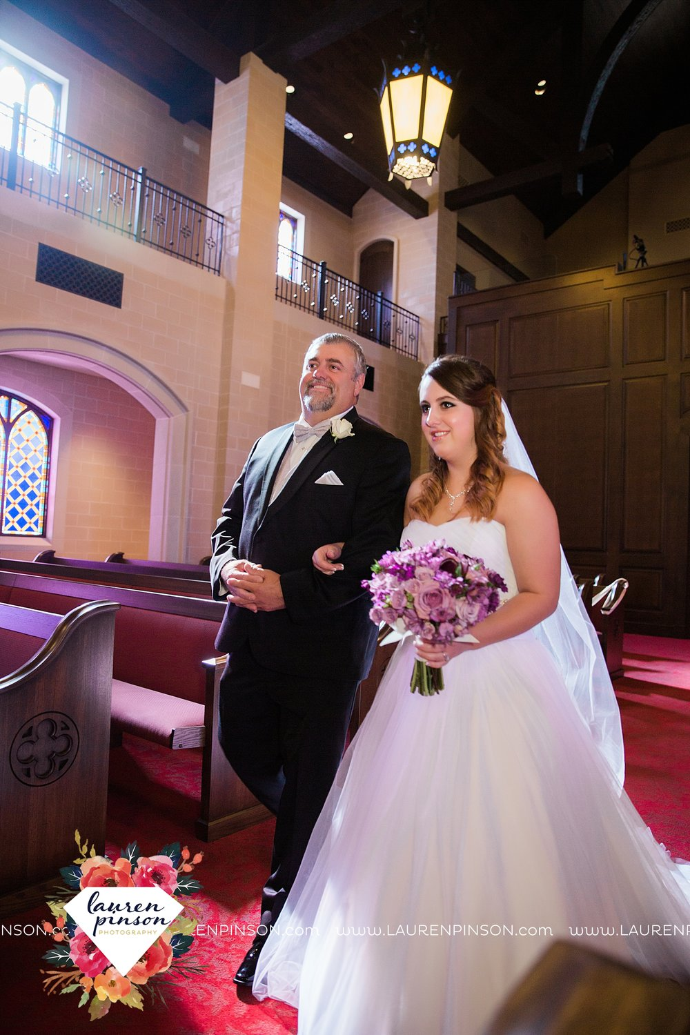 wichita-falls-texas-wedding-grace-church-chapel-and-the-kemp-center-by-the-two-clever-chicks_3771.jpg