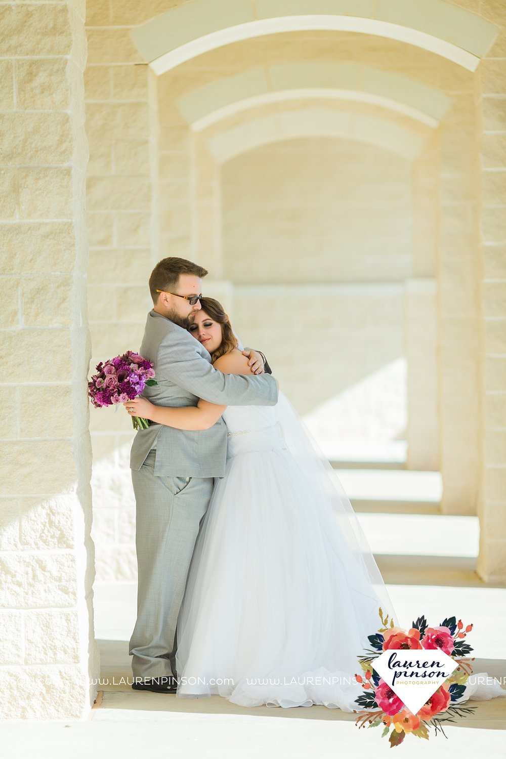 wichita-falls-texas-wedding-grace-church-chapel-and-the-kemp-center-by-the-two-clever-chicks_3785.jpg