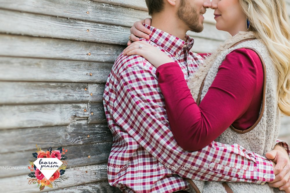 wichita-falls-texas-weddiing-photographer-engagement-session-bowie-texas-old-barn-country-hunting_4022.jpg