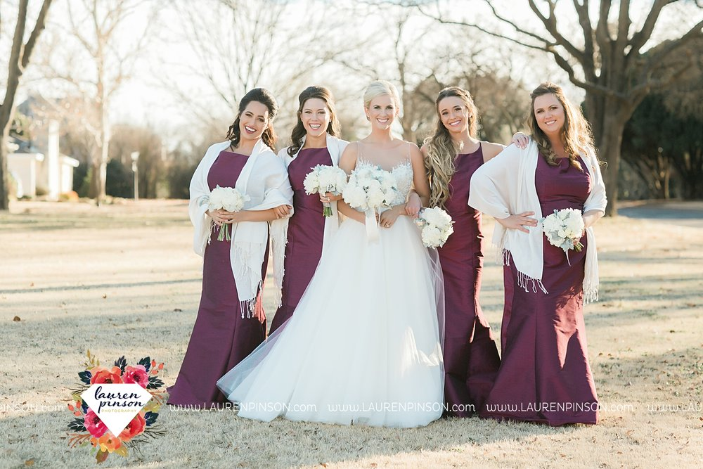 wichita-falls-texas-weddiing-photographer-the-wellingtong-two-clever-chicks-our-lady-queen-of-peace-winter-wedding-photography_4076.jpg