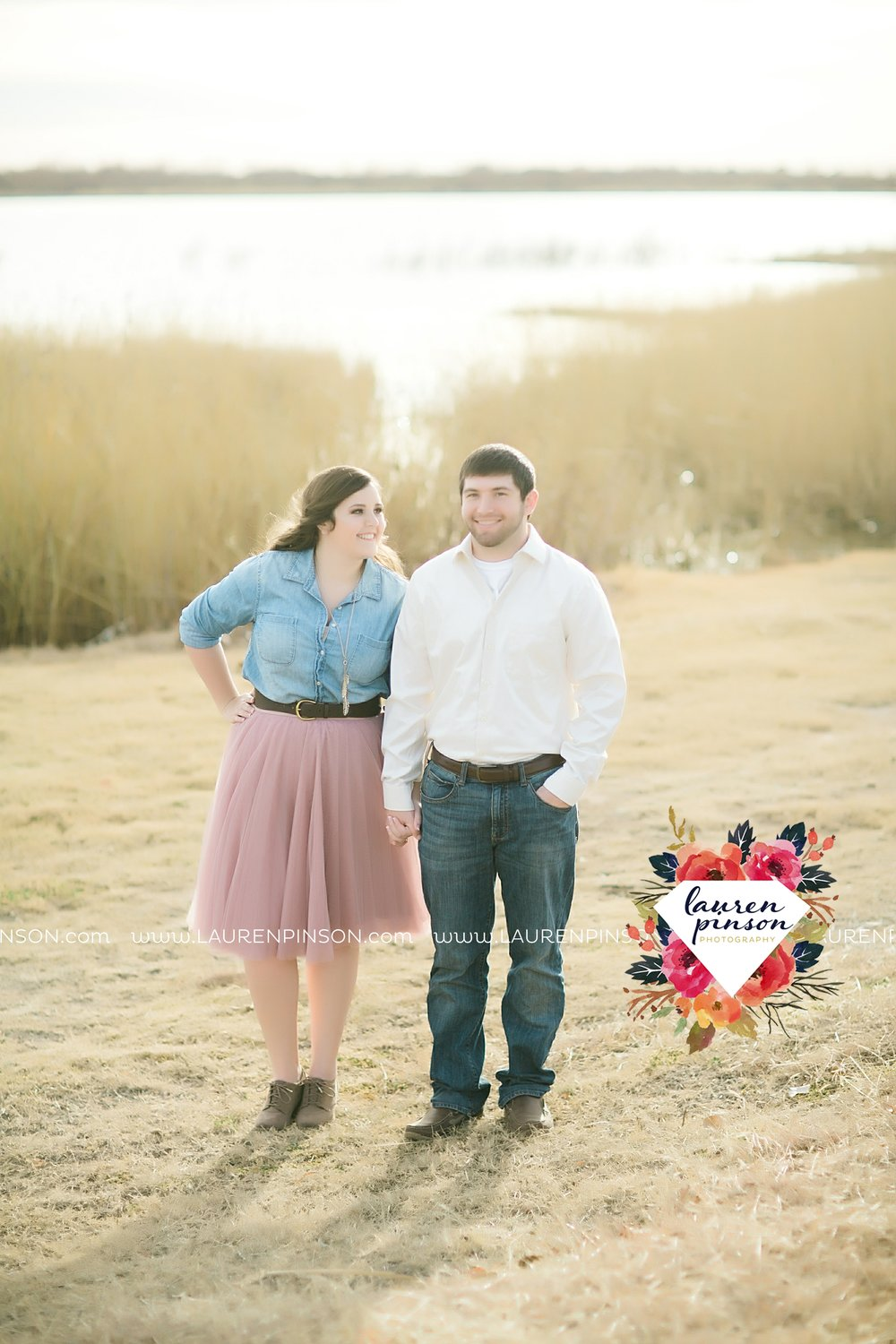wichita-falls-texas-photographer-burkburnett-engagement-session-wichita-mountains-police-officer_4167.jpg