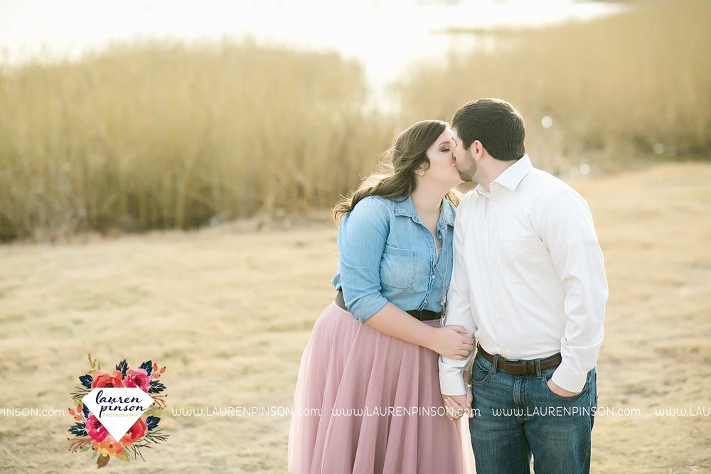 wichita-falls-texas-photographer-burkburnett-engagement-session-wichita-mountains-police-officer_4168.jpg