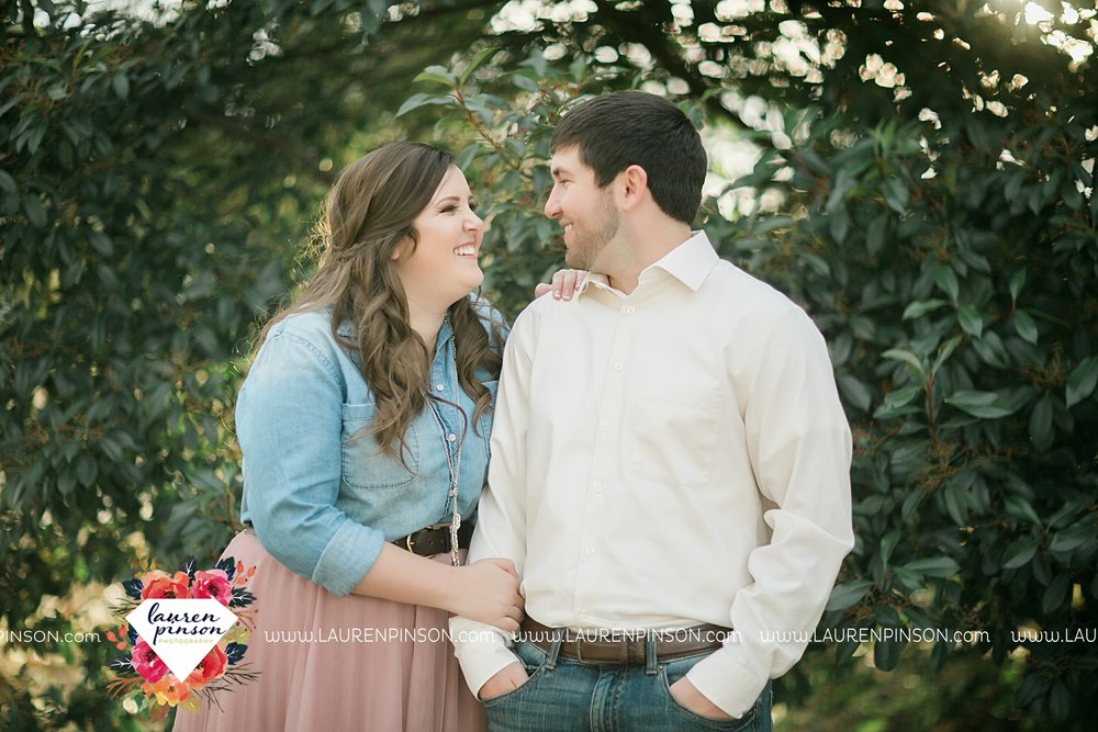 wichita-falls-texas-photographer-burkburnett-engagement-session-wichita-mountains-police-officer_4174.jpg