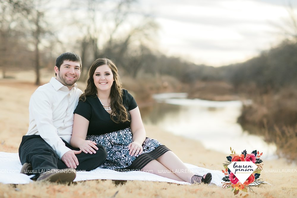 wichita-falls-texas-photographer-burkburnett-engagement-session-wichita-mountains-police-officer_4180.jpg
