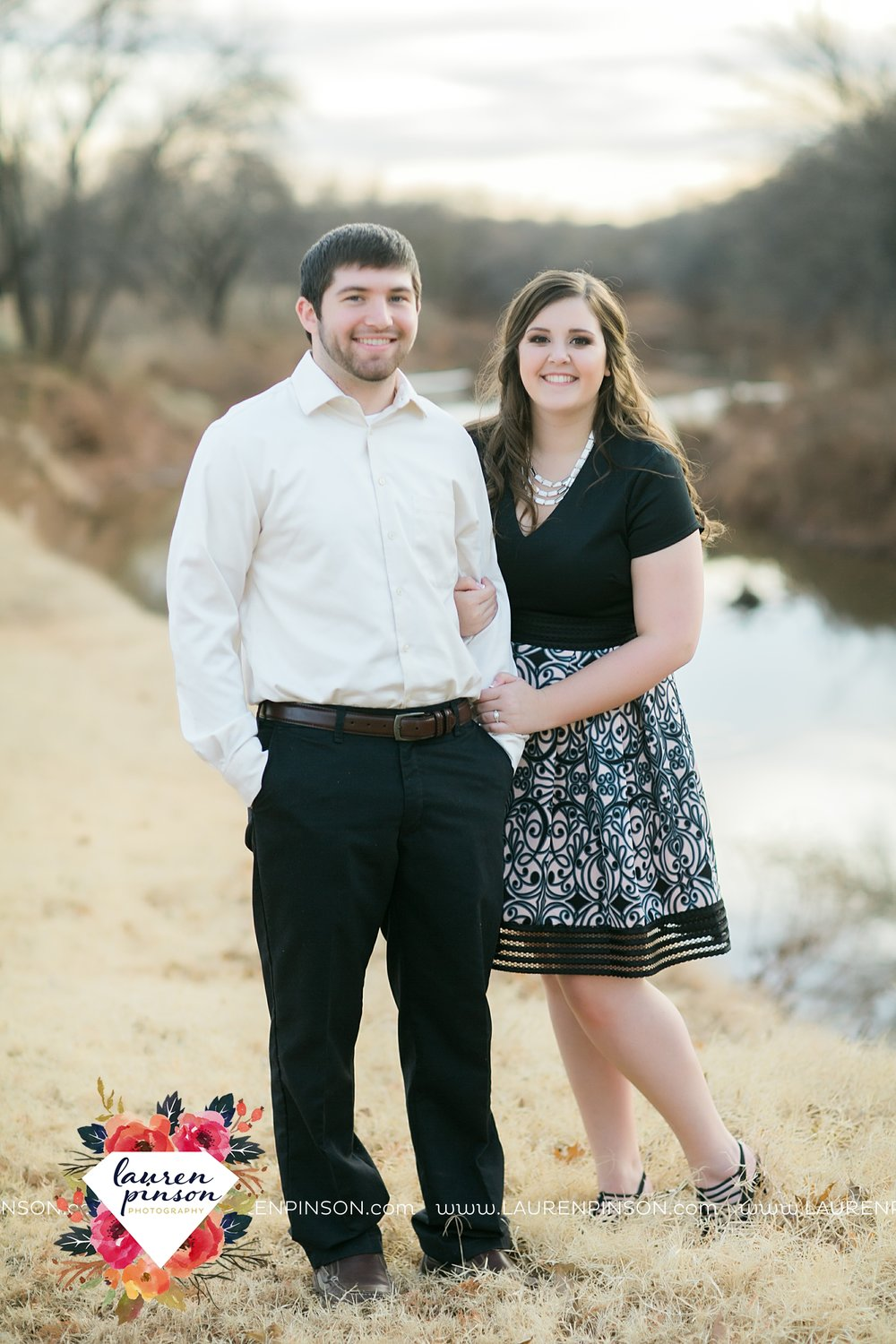 wichita-falls-texas-photographer-burkburnett-engagement-session-wichita-mountains-police-officer_4182.jpg