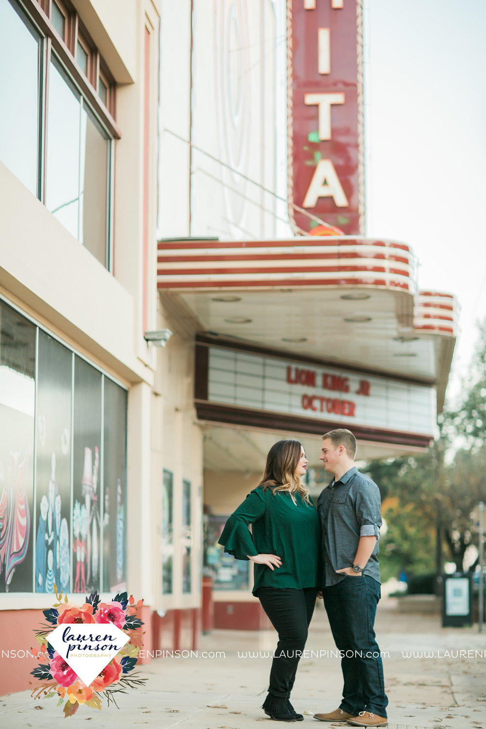 wichita-falls-texas-engagement-photography-downtown-alley-cat-wichita-theatre-christmas-lights3.jpg