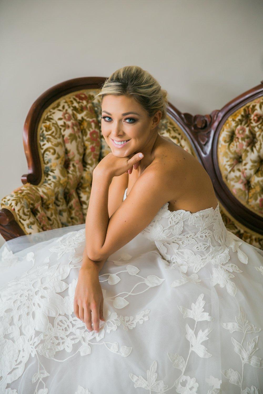 Lindsey-Bridals-002.jpg