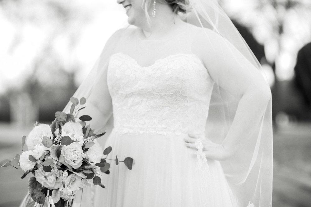 xSarah-Bridals-093-BW.jpg
