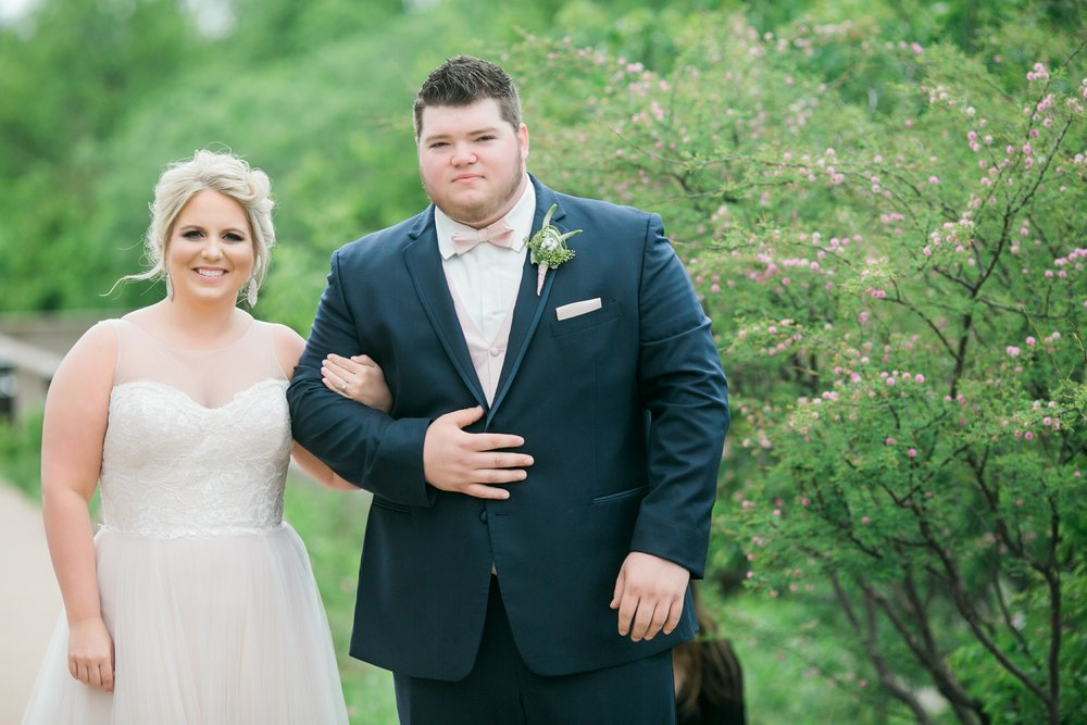 wichita-falls-wedding-photographer-videographer-river-bend-nature-center-sharp-arrow-events-032.jpg