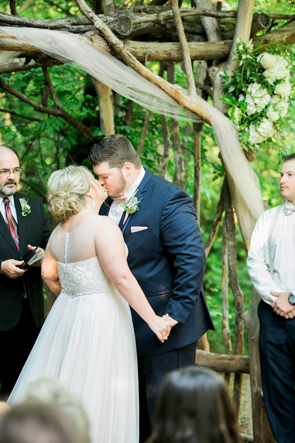 wichita-falls-wedding-photographer-videographer-river-bend-nature-center-sharp-arrow-events-103.jpg