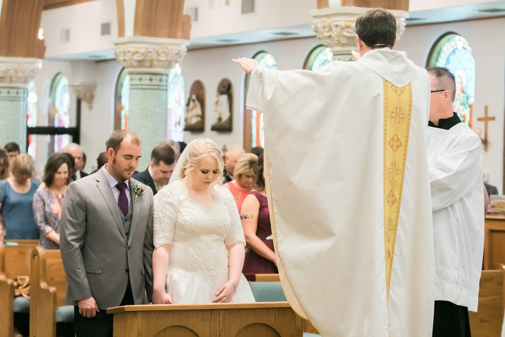 sacred-heart-catholic-church-wichita-falls-wedding-photographer-027.jpg