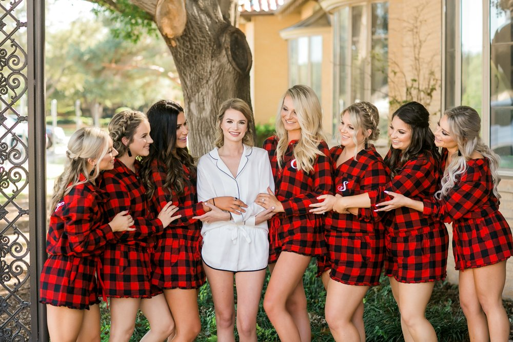 Roberson-Wedding-The-Forum-Lauren-Pinson-Wedding-Photography-Wichita-Falls-Texas-005.jpg