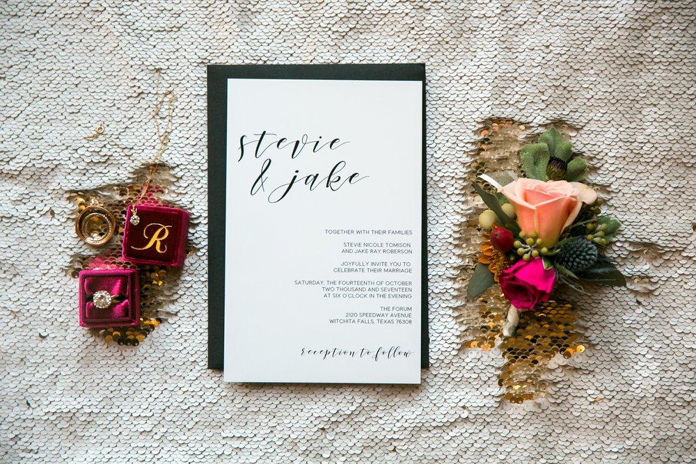 Roberson-Wedding-The-Forum-Lauren-Pinson-Wedding-Photography-Wichita-Falls-Texas-006.jpg