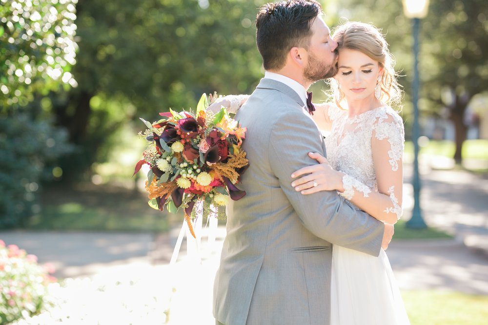Roberson-Wedding-The-Forum-Lauren-Pinson-Wedding-Photography-Wichita-Falls-Texas-041.jpg