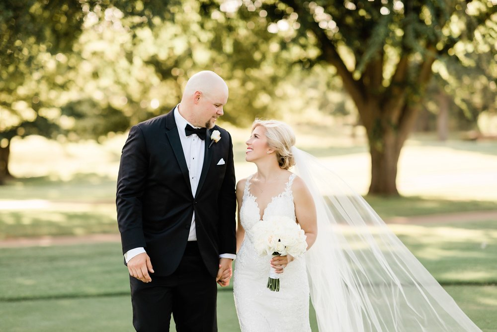 wichita-falls-country-club-wedding-first-presbyterian-church-wedding-photographer-black-white-tiffanyring-lauren-pinson-photography-00036.jpg