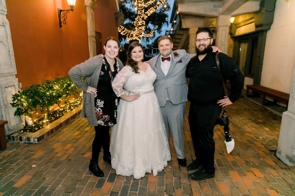 gaslight-at-courtyard-square-corpus-christi-wedding-omni-hotel-fall-winter-wedding-texas-wedding-photographer-lauren-pinson-0088.jpg