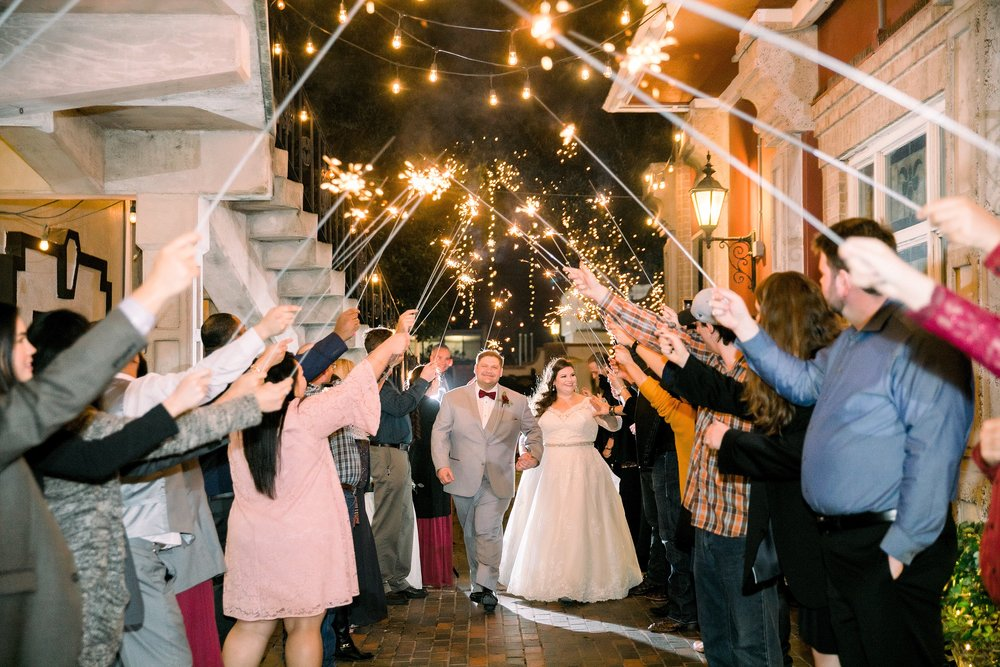 gaslight-at-courtyard-square-corpus-christi-wedding-omni-hotel-fall-winter-wedding-texas-wedding-photographer-lauren-pinson-0111.jpg