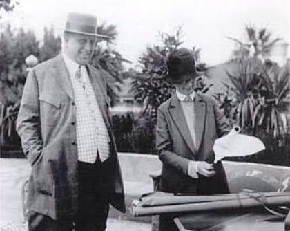 Julia Morgan with William Randolph Hearst looking over drawings, 1926