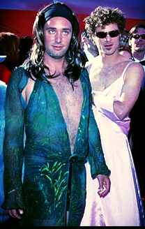 TREY PARKER & MATT STONE, creators of South Park, at the 1999 Oscars. photo from reelfanatics.