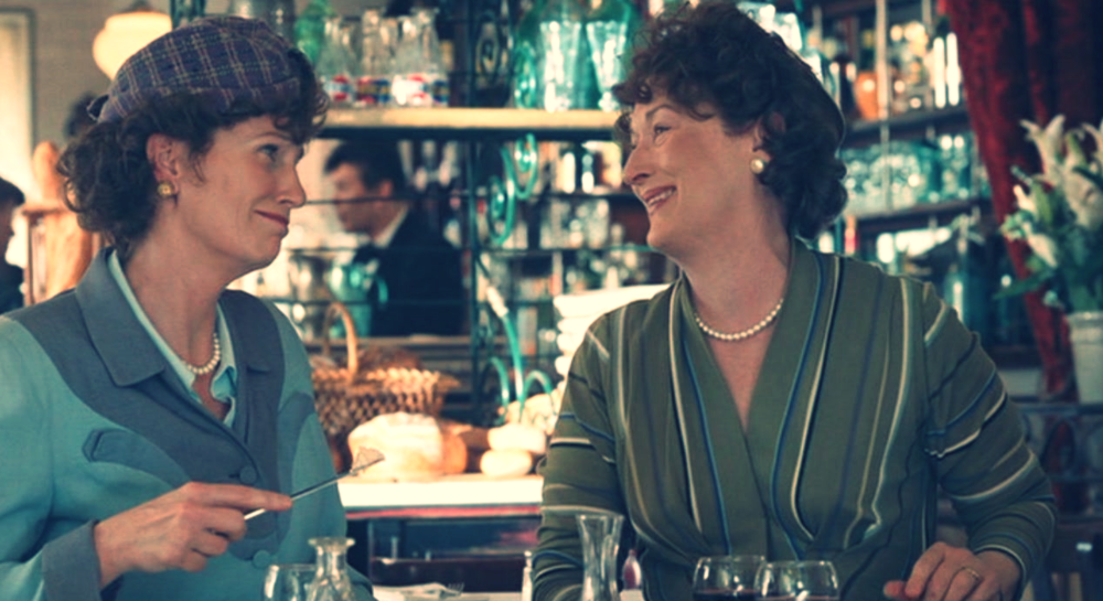 NOTHING LIKE QUALITY TIME WITH YOUR SISTER-FRIENDS. Julia Child (Meryl Street) and her sister (Jane Lynch) dig lunch together in Nora Ephron's JULIE & JULIA. property: Columbia Pictures.
