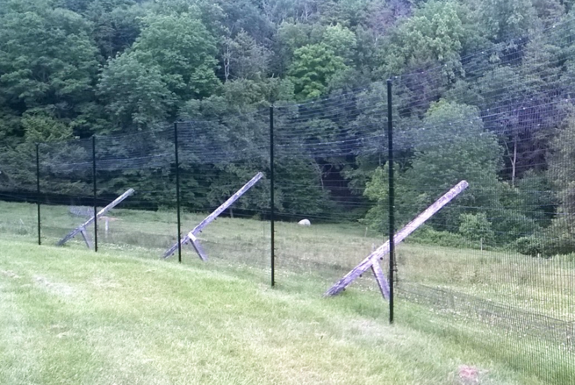9 foot deer fence.png