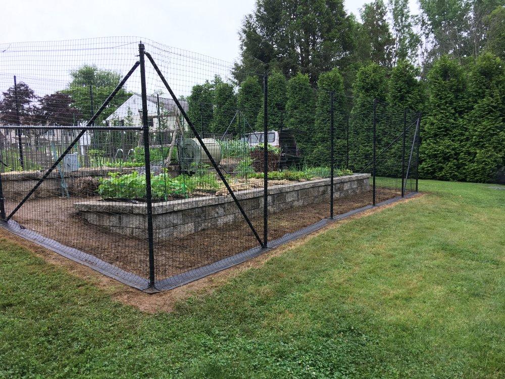 Custom garden fence in suburban Philadelphia