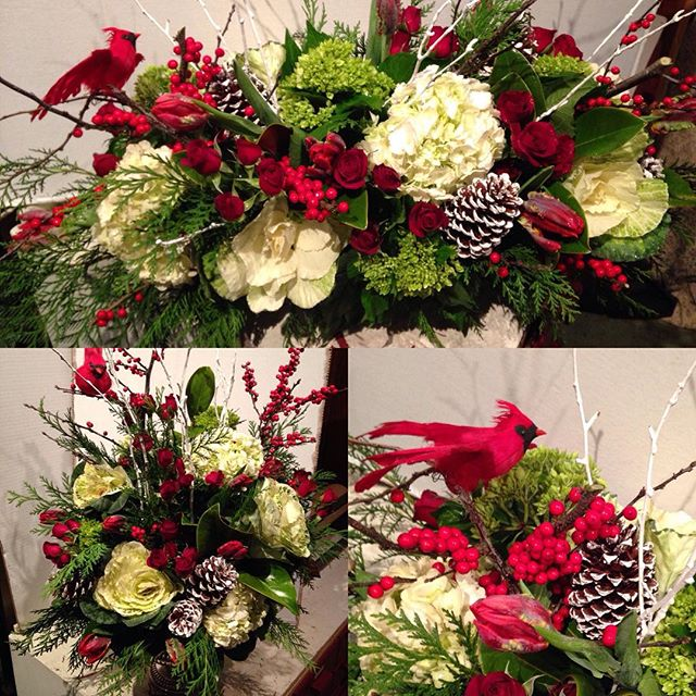 #grantaveflorist #florist #holiday #arrangement #festive #follow #like #share