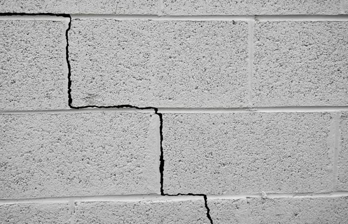 Repair cracks in the foundation to avoid major structural problems later on. (Photo: iStock)